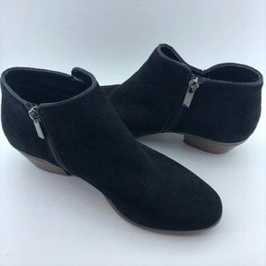 "Crown Vintage ""Tabitha"" Black Suede Booties"